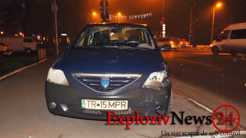 FOTO: Mașină Parchetul de pe lângă Tribunalul Teleorman implicata într-un accident. Vinovat, un taximetrist care nu a acordat prioritate