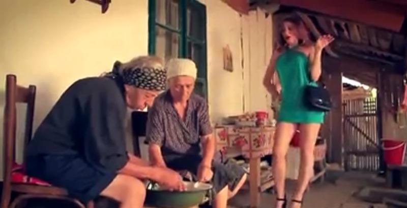Celebra reclamă românească revine în forță! Mori de râs!