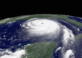 """Avertismentul făcut de specialişti: """"Ne îndreptăm spre o furtună de proporţii catastrofale"""""""