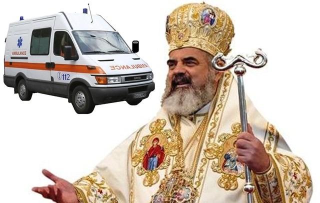 Preafericitul și-a făcut și serviciu privat de Ambulanță. La Bistrița, salvarea vine de la popa