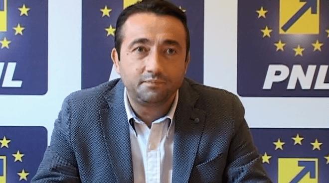 """Preşedintele PNL Alexandria, Florin Titirișcă: """"În șah, la fel ca în politică"""