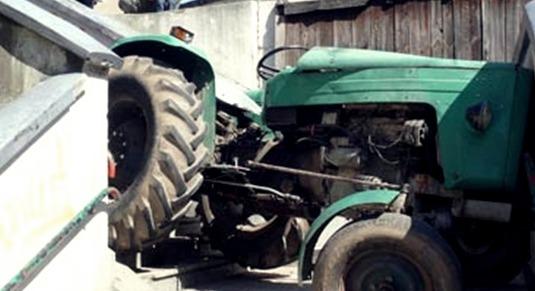 Cu tractorul în derivă