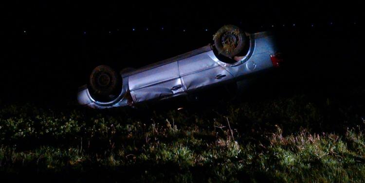 Şofer de 49 de ani s-a răsturnat cu maşina, pe şoseaua Alexandria-Cernetu