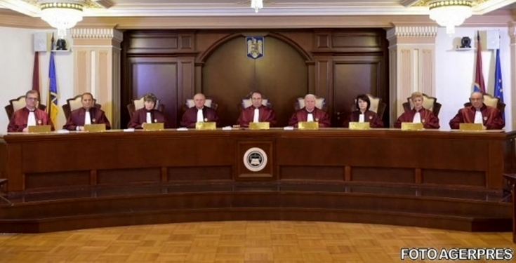 CCR a publicat MOTIVAREA în cazul condamnaților cărora li se interzice să facă parte din Guvern