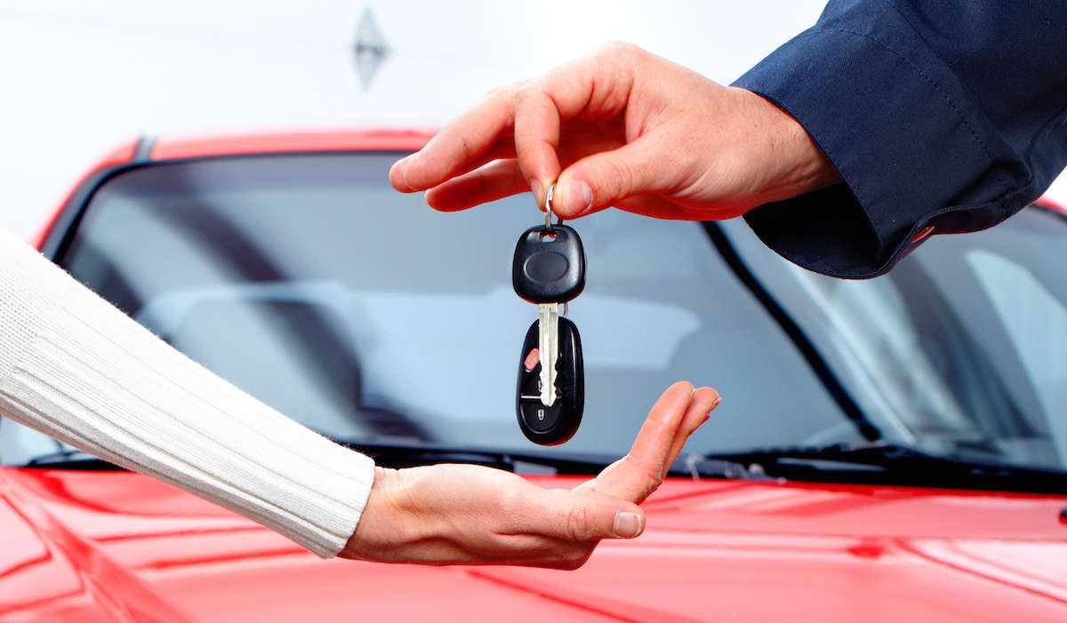 Ce trebuie sa faci inainte sa pleci cu autoturismul din parcarea unei companii de inchirieri masini?