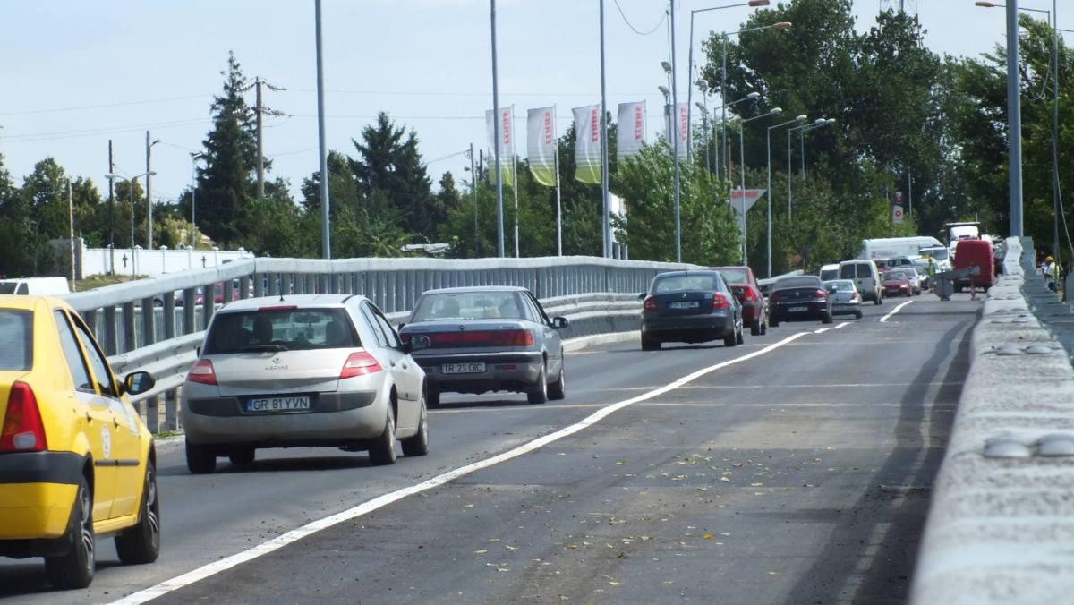 Traficul rutier pe podul de peste Râul Vedea, restricționat/ Noi lucrări programate în perioada 23 aprilie – 20 mai