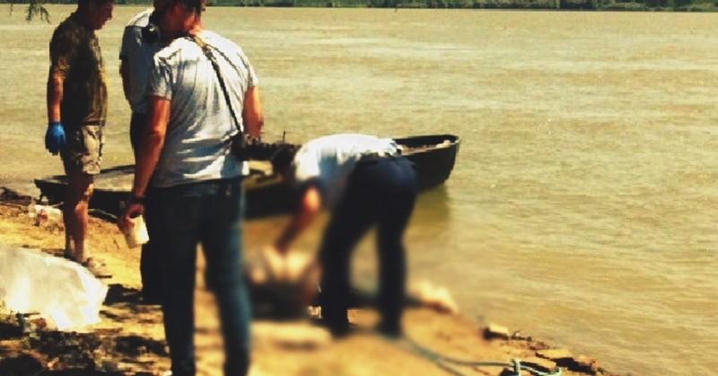 Un bărbat s-a înecat încercând să-şi salveze fiul