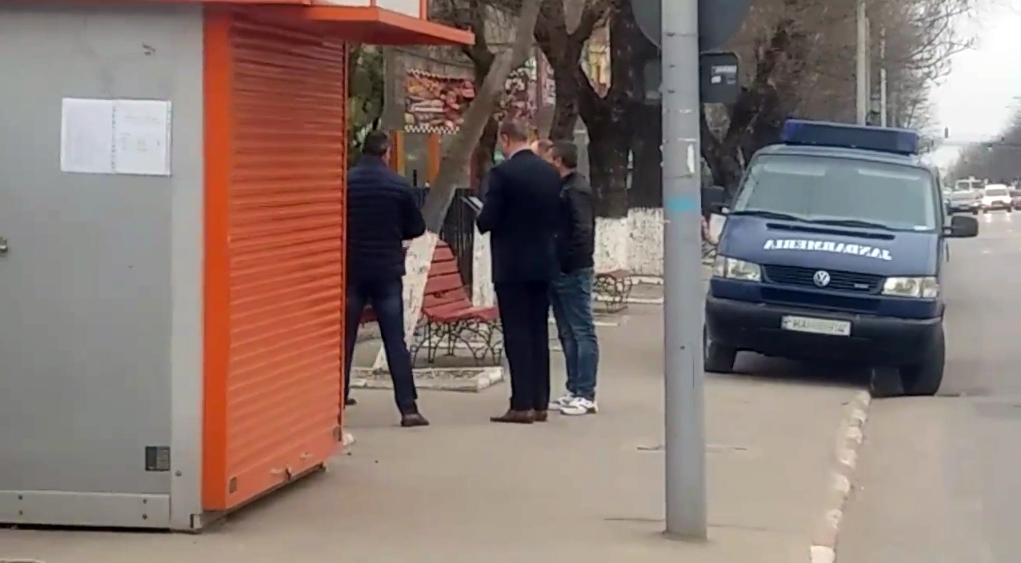 ALERTĂ în centrul Alexandriei! Brigada ANTITERO din cadrul SRI, polițiști și jandarmi au izolat perimetrul 2