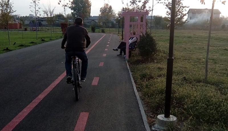 piste extrem de periculoase atat pt ciclisti, cat si pt pietoni