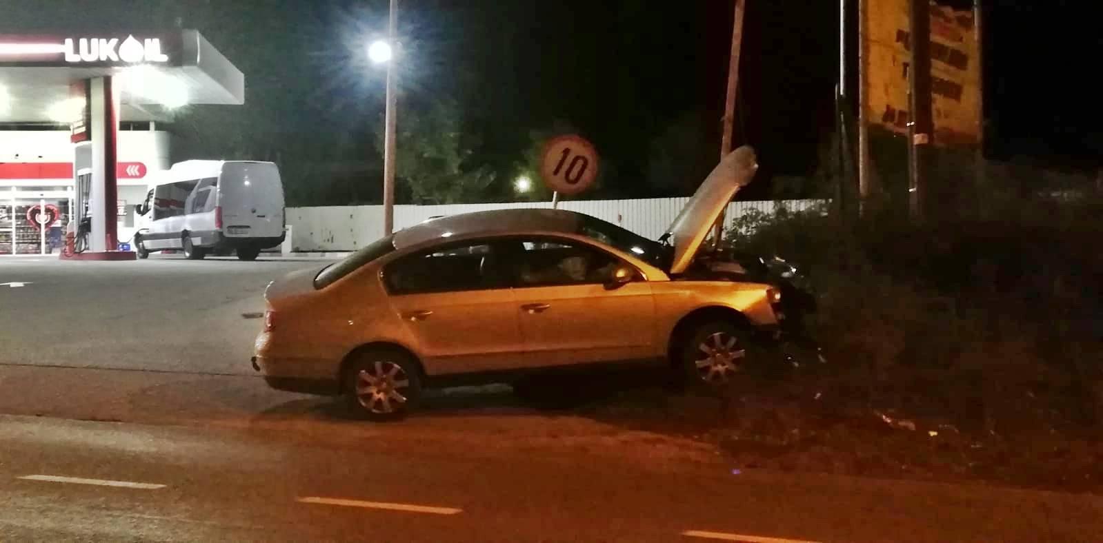 Accident la ieșire din Alexandria. O șoferiță a sărit din mașină,un copil a ajuns la spital 2