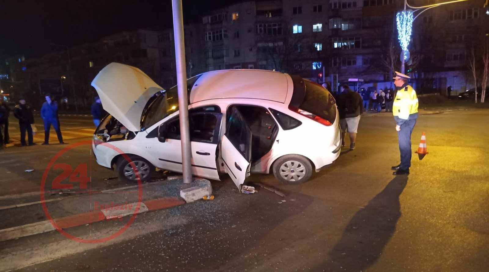 Accident în Alexandria, la intersecția străzilor București cu Al.Ghica 1