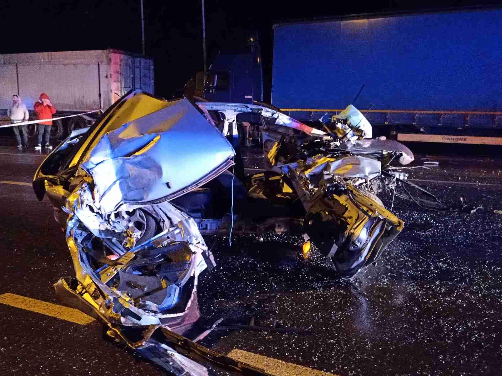 Șosele ÎNSÂNGERATE înainte de Crăciun. 44 de accidente,19 morţi și 33 de persoane grav rănite, în doar două zile